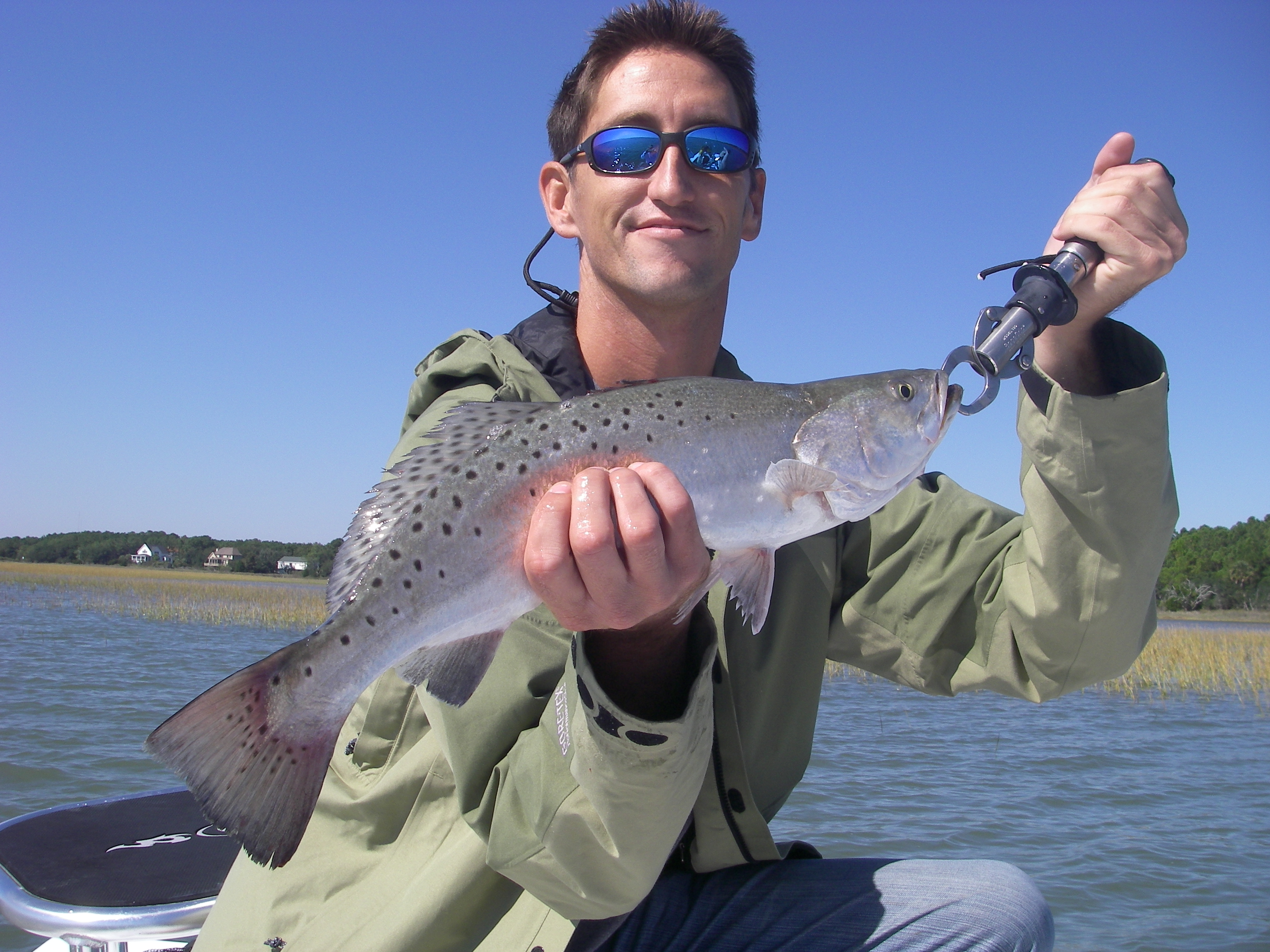 Seasonal fishing finaddict charters 843 224 7462 for Charleston fly fishing